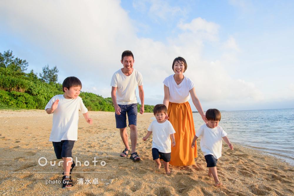 「お願いして本当に良かったです」ビーチリゾートで家族写真の撮影