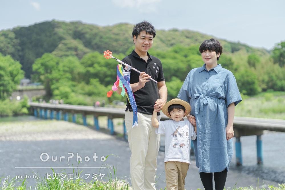 「焦ることなく撮影できた」緑豊かな自然を背景に家族写真の撮影