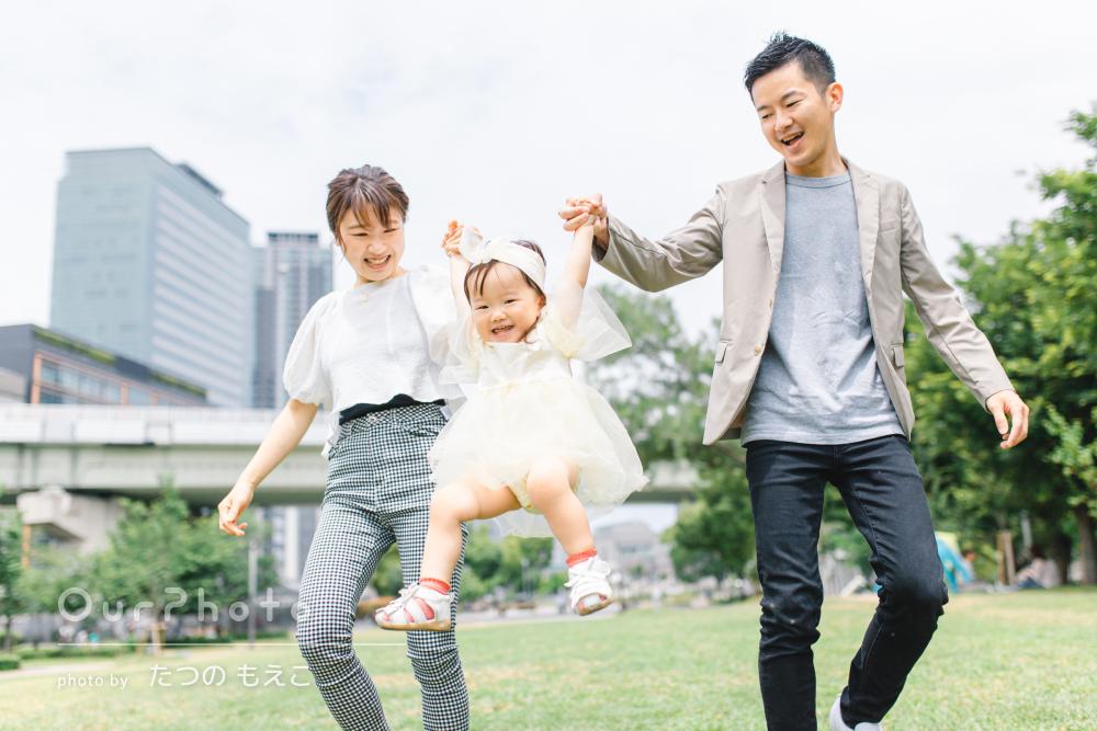 「子どもの緊張もほぐれて素敵な写真を撮っていただき」家族写真の撮影