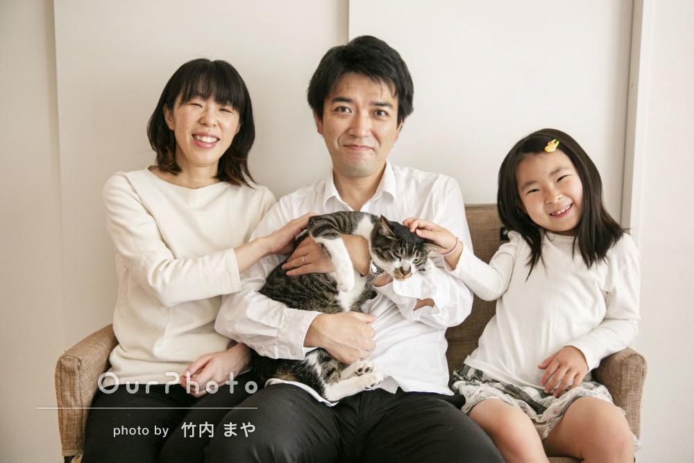 「どれを印刷して飾ろうか迷いますね!」愛猫も一緒に家族写真の撮影