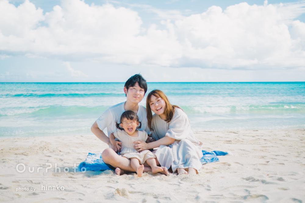 「きれいな海と空の色は残しつつ、おしゃれな雰囲気」家族写真の撮影