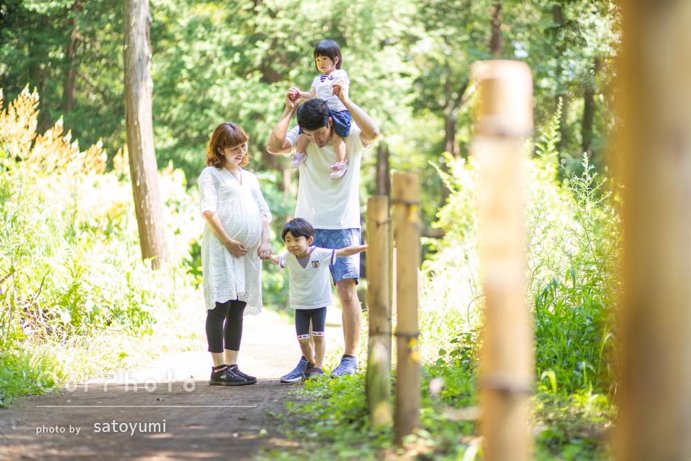 「たくさん撮ってもらって良い思い出になりました」公園で家族写真の撮影