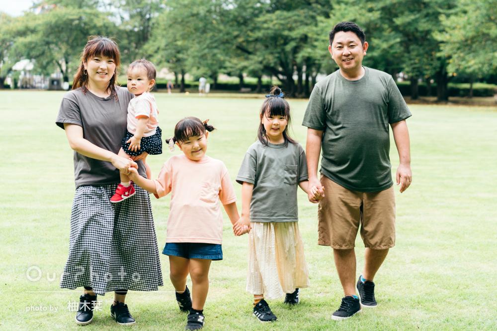 「写真も素敵に撮って頂きました」真夏の公園で賑やかな家族写真の撮影