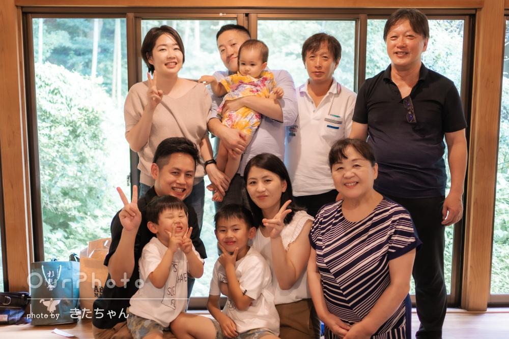 「素敵な写真を沢山撮ってくださり」賑やかな夏の思い出の家族写真の撮影