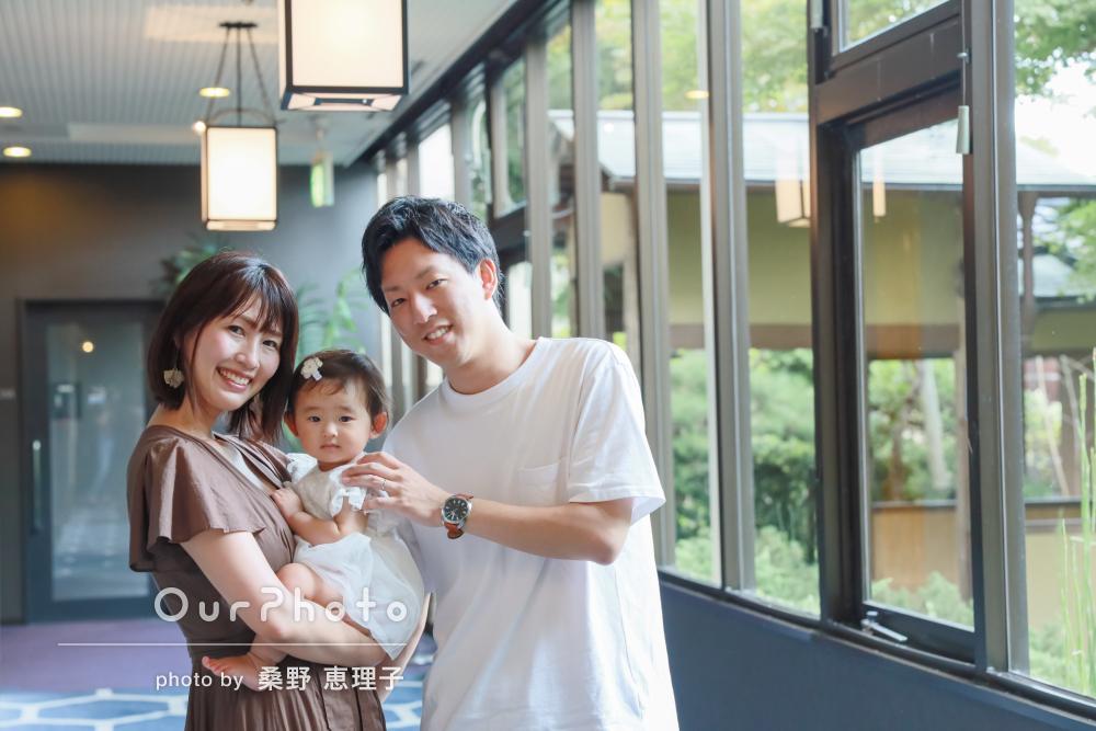 「思い出の結婚式場で娘と」お誕生日のお祝いを兼ねて家族写真の撮影