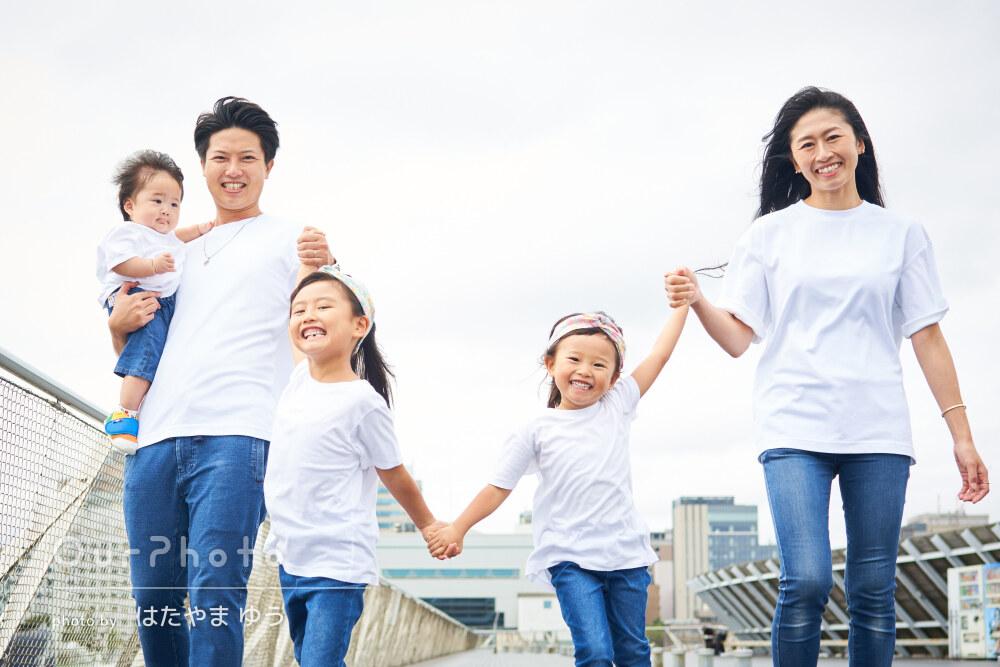 「我が家のキャラクターを瞬間的に察知」笑顔キラキラ家族写真の撮影