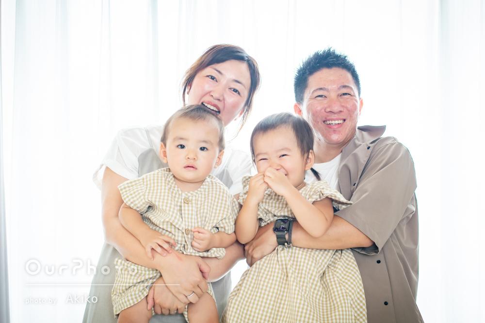 「たくさん笑顔の写真が撮ることができ」1歳のお誕生日に家族写真の撮影