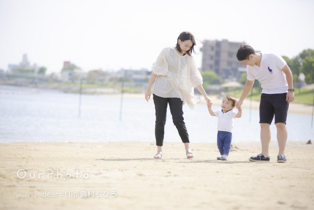 「自分達の世界が綺麗に切り取られていて」自然体な姿の家族写真の撮影