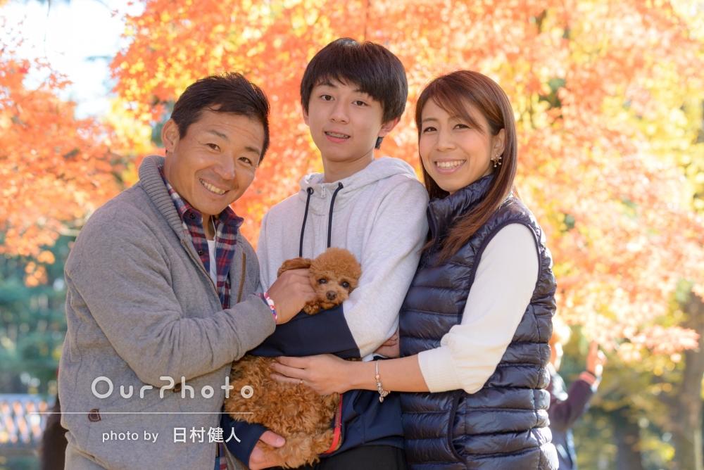 「楽しく」ワンちゃんと一緒に家族写真の撮影
