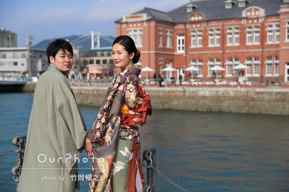 和装して、レトロな港町にて結婚式の前撮り
