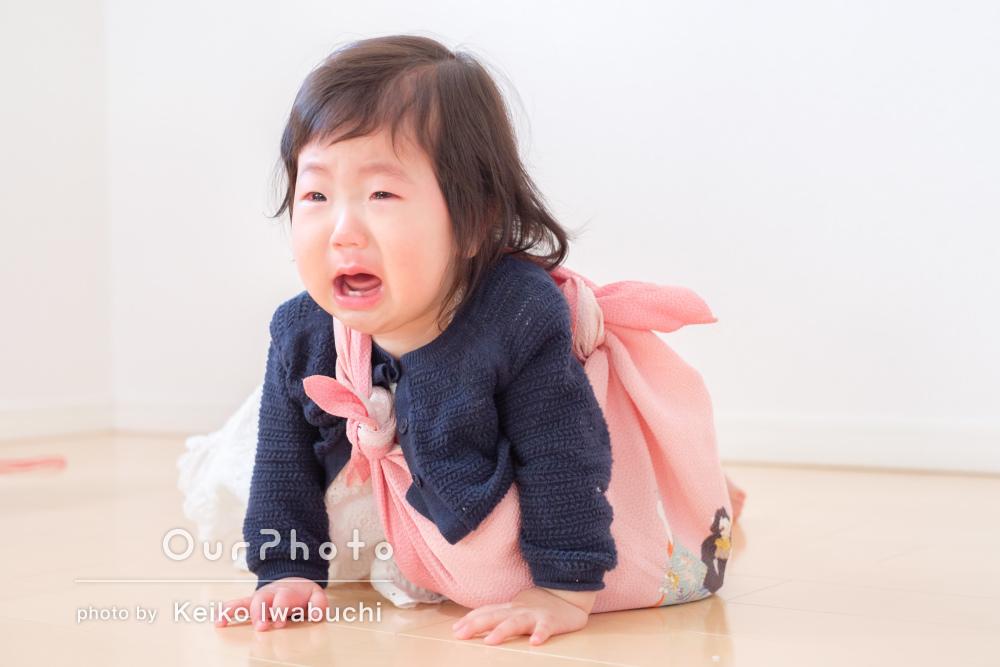 初誕生日のお祝い!「笑ったり泣いたり」お子様の自然な姿を撮影