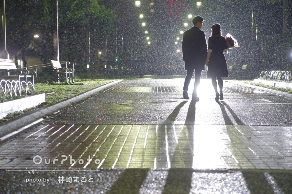 「雨で良かったと思えるような撮影でした」雨の夜にカップルフォトの撮影