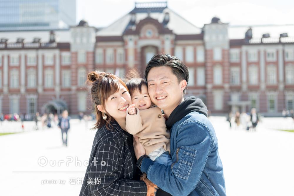 家族みんながニコニコ!爽やかな家族写真の撮影