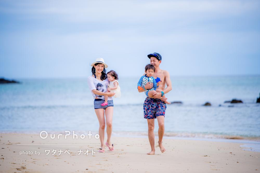「生き生きとした表情でとても嬉しい」沖縄の海で家族写真