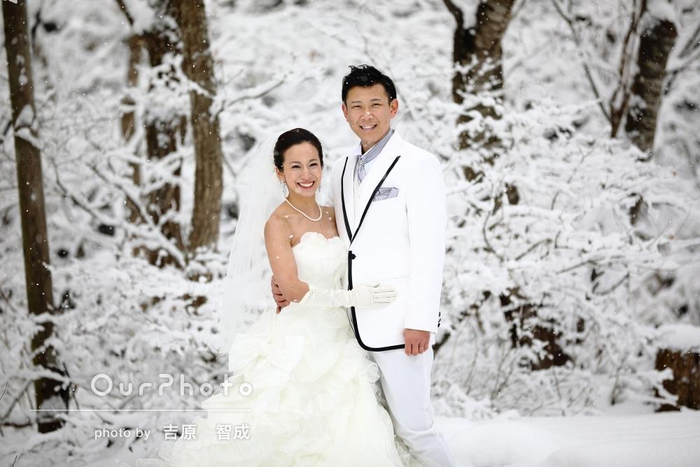 「結婚式前撮りを雪の上で」前撮りロケーション撮影