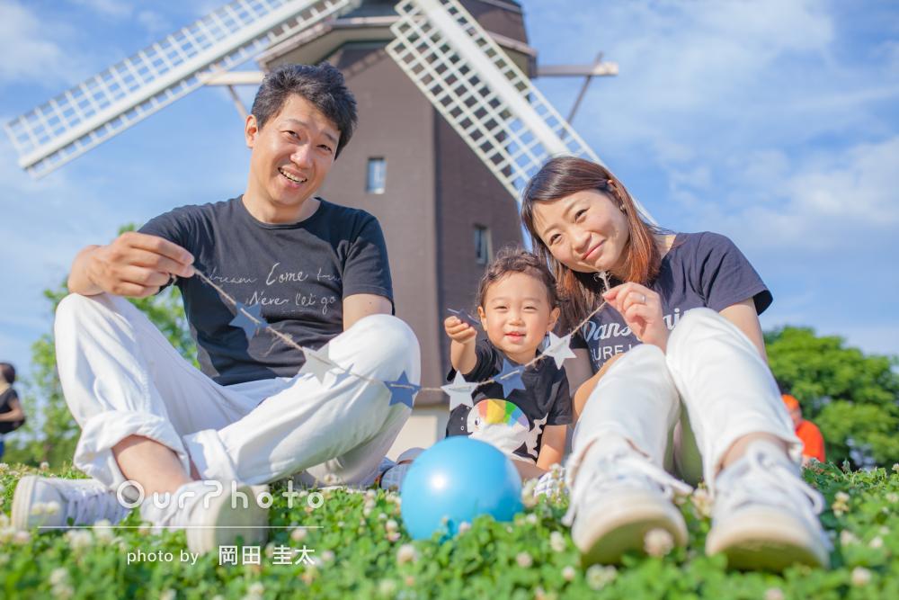 「『笑顔の写真!』驚くほど素敵な写真でした」2歳記念の家族写真の撮影