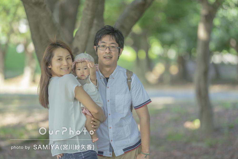 「いろいろな場所で撮っていただけた」お子様の1歳記念に家族写真