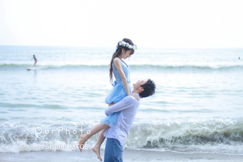 ふたりの思い出の海でウェディングフォト撮影