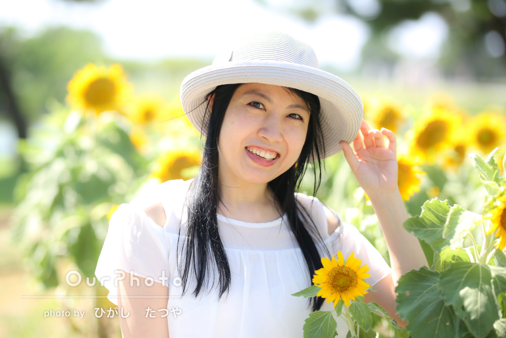 「自分史上最高に綺麗に」花と一緒に夏らしいプロフィール写真の撮影
