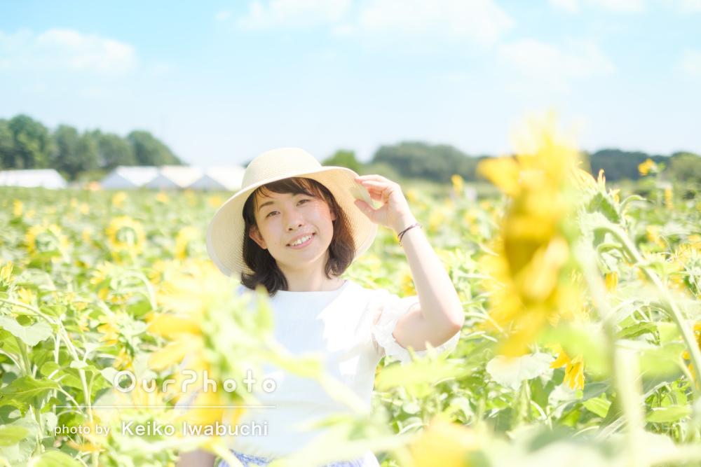 「とても綺麗」ひまわり畑でインスタ映えするプロフィール写真の撮影