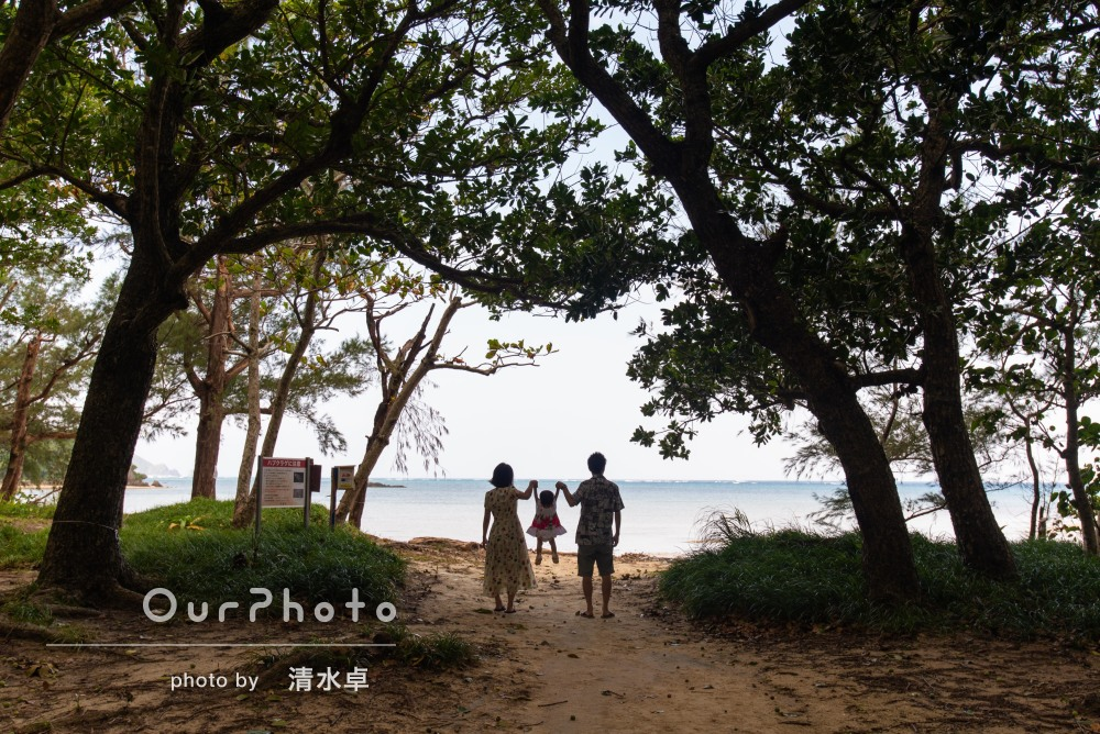 石垣島で家族の絆が感じられる家族写真の撮影