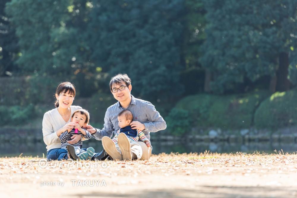 年賀状にも使える!秋の公園で家族写真を出張撮影