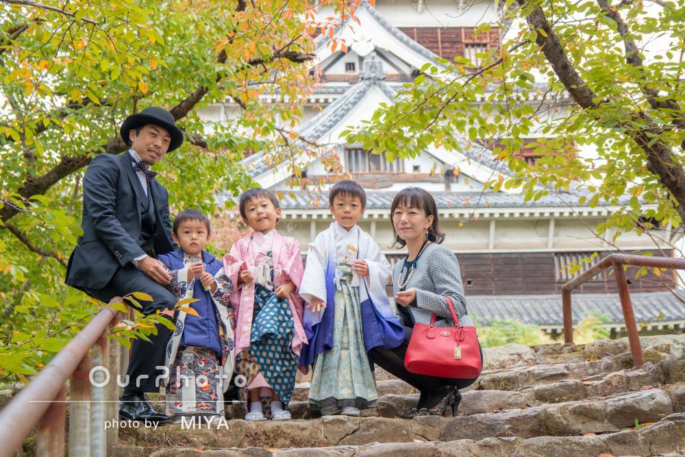 紅葉きれいな神社で自然な表情も集合写真も七五三の撮影
