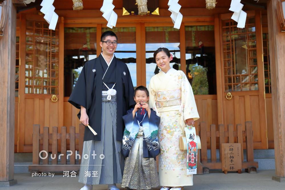 家族3人和装して七五三参りの出張撮影