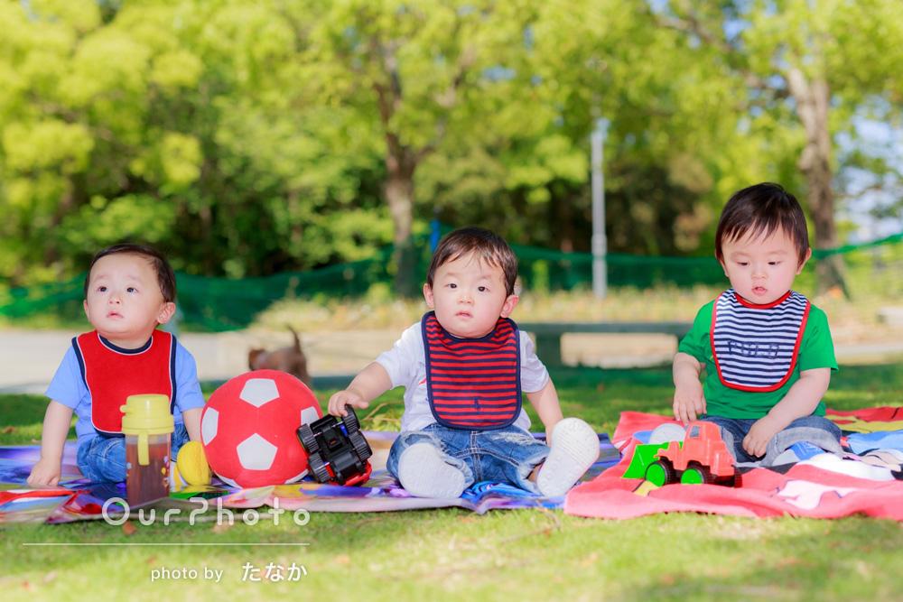 「三つ子の1歳の記念撮影に」お誕生日の記念撮影