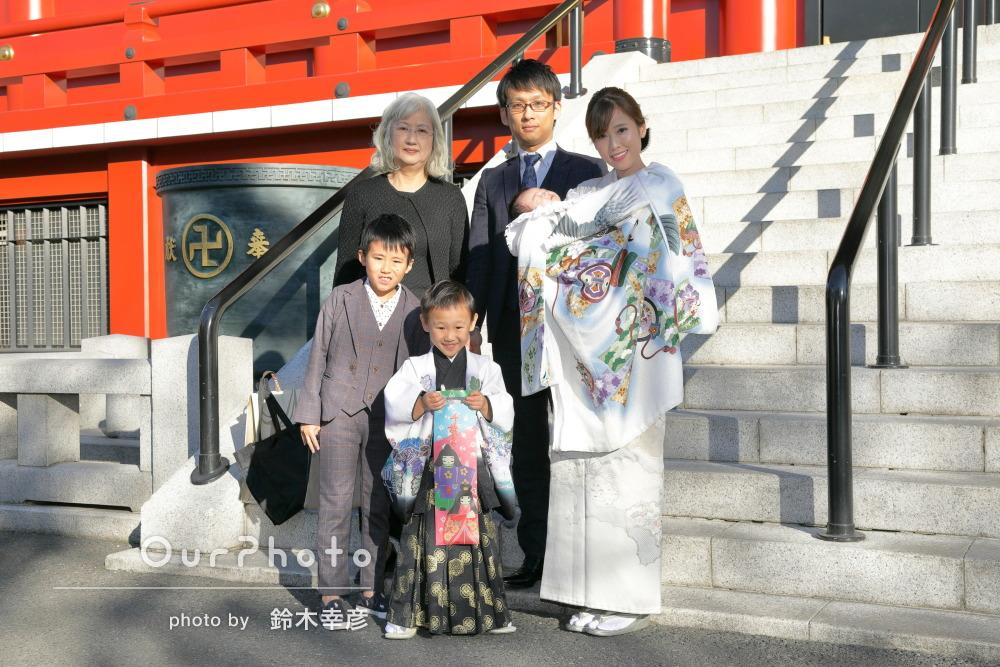強い日差しの中バリエーション豊富なお宮参りと七五三写真の撮影