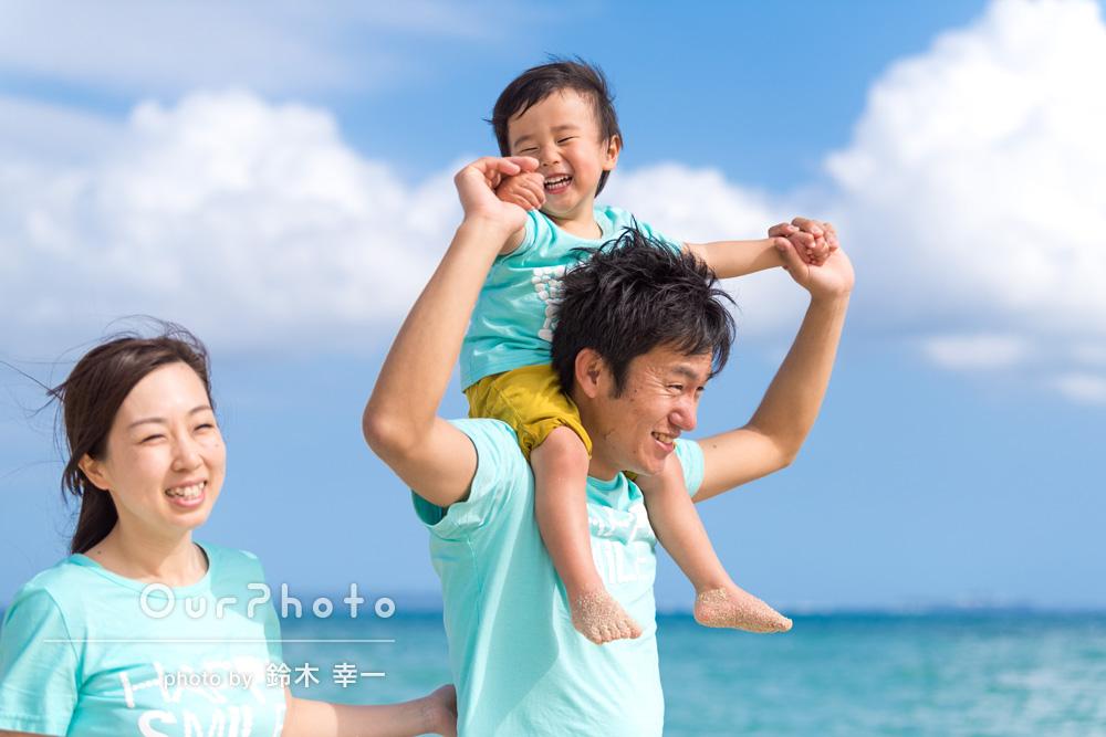 「沖縄旅行で今までで1番素敵な写真を撮っていただきました!! 」家族旅行写真の撮影