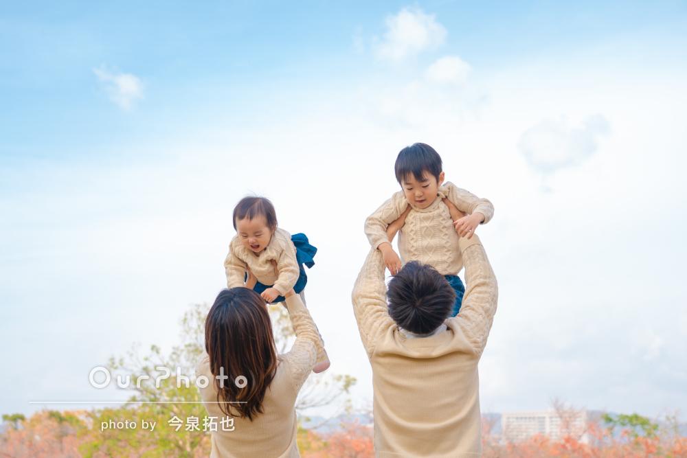 1歳の誕生日記念に!リンクコーデでカジュアルな家族写真の出張撮影