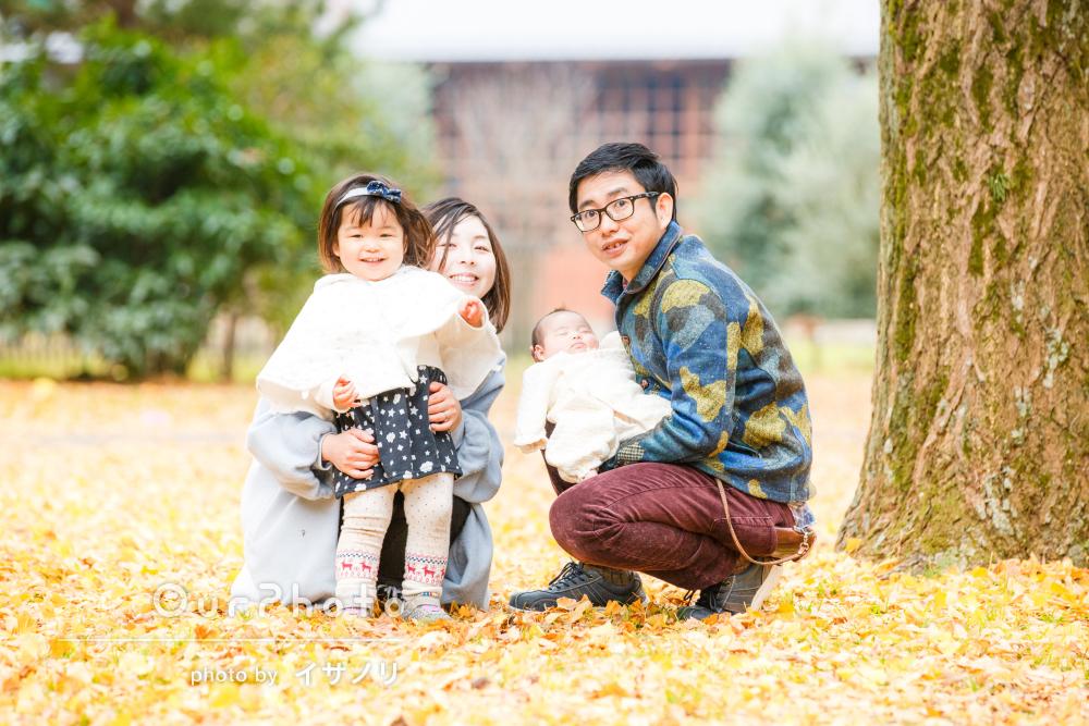 「お兄ちゃんと遊ぶ‼」フォトグラファーに懐くくらい楽しい家族写真撮影
