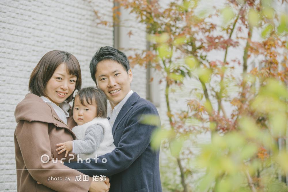 お子様のお誕生日記念に!ご自宅で家族写真の撮影