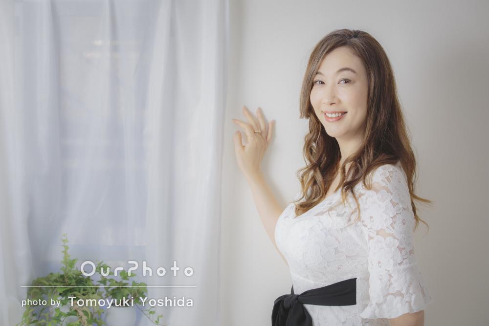 白いドレスで爽やかに!気品漂うプロフィール写真の撮影