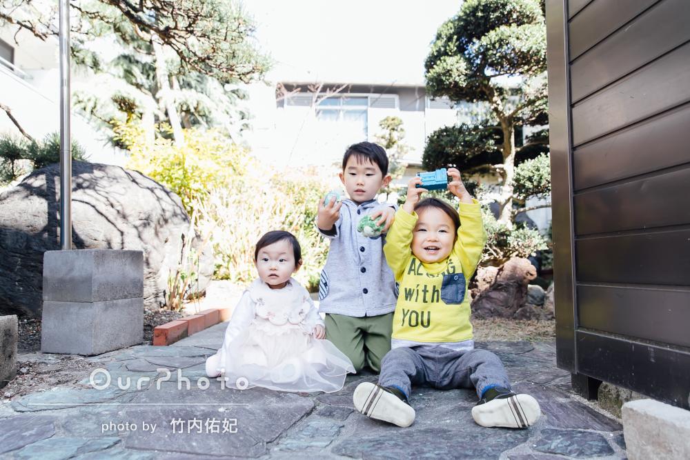 「1歳、2歳、5歳の子供達がみんな可愛い」親戚一同家族写真の撮影