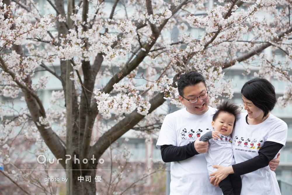 「息子の新たな可愛さを発見できました」桜の中で一歳の誕生日記念撮影