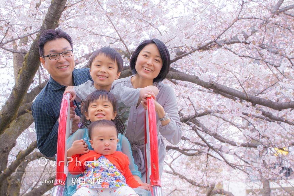 「イキイキとした魅力溢れる写真を撮影して頂きました」家族写真の撮影