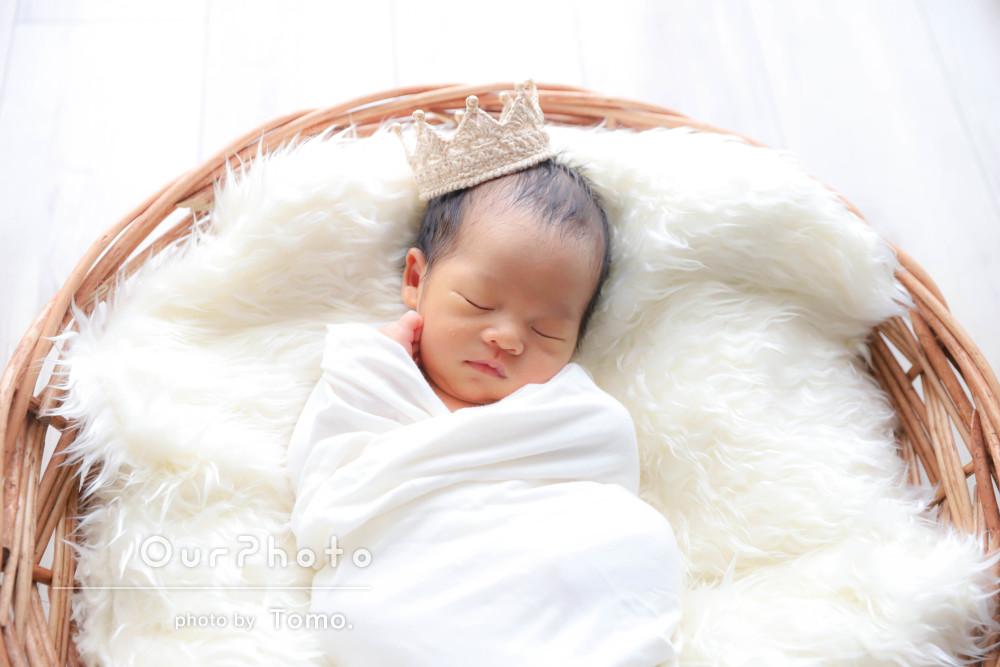 出産日に柔軟に対応!天使のようなふわふわニューボーンフォト撮影