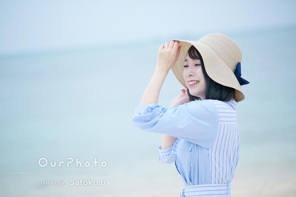 青い空と海に包まれて!沖縄旅行でのプロフィール写真の撮影