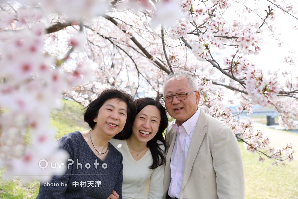 「自然な表情が撮れていて綺麗・素敵」家族写真の撮影