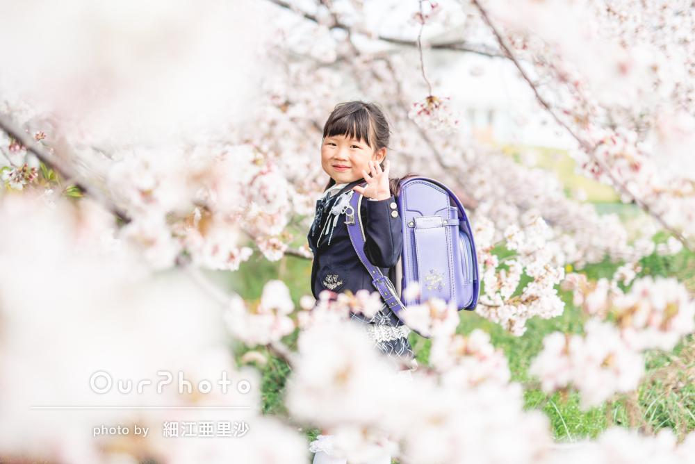 「気軽に素敵な写真をサクッと撮れて感動」満開の桜とともに入学記念写真