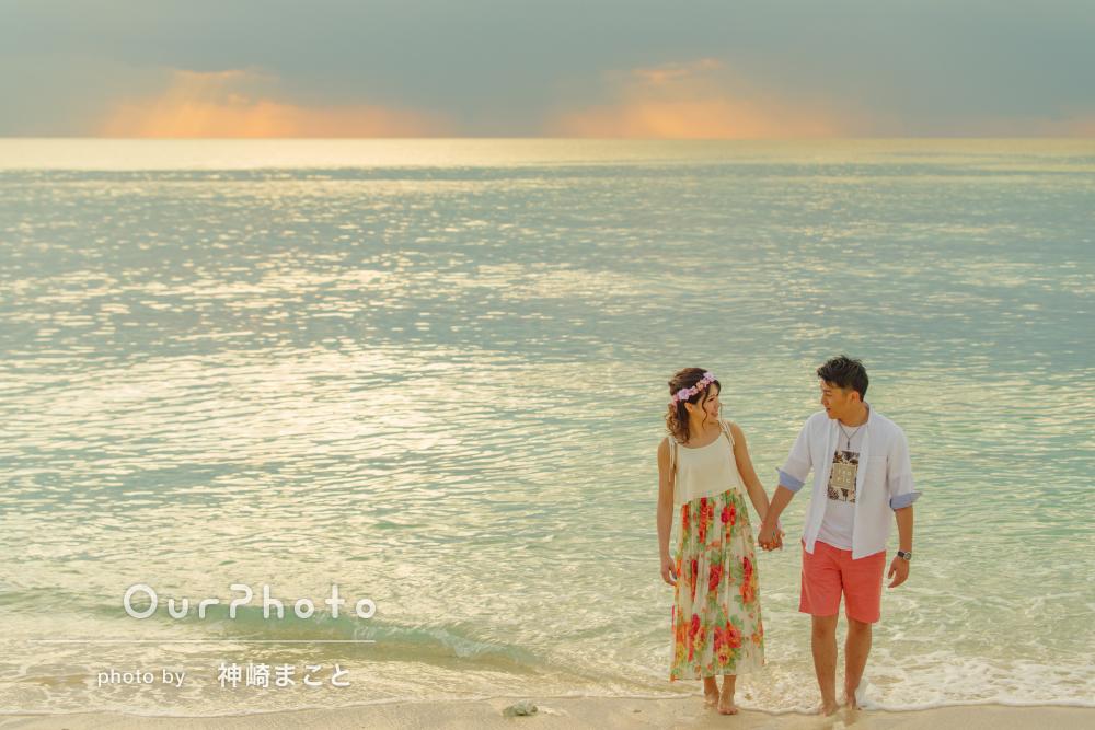 夕暮れの沖縄のビーチで♪スウィートなカップルフォト