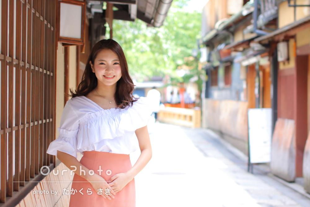 爽やかで華やかな笑顔が映えるプロフィール写真の撮影