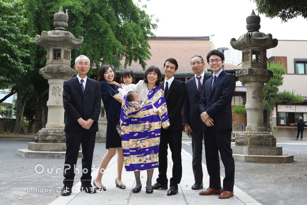 「笑顔あふれる写真を」お宮参りで家族写真の撮影