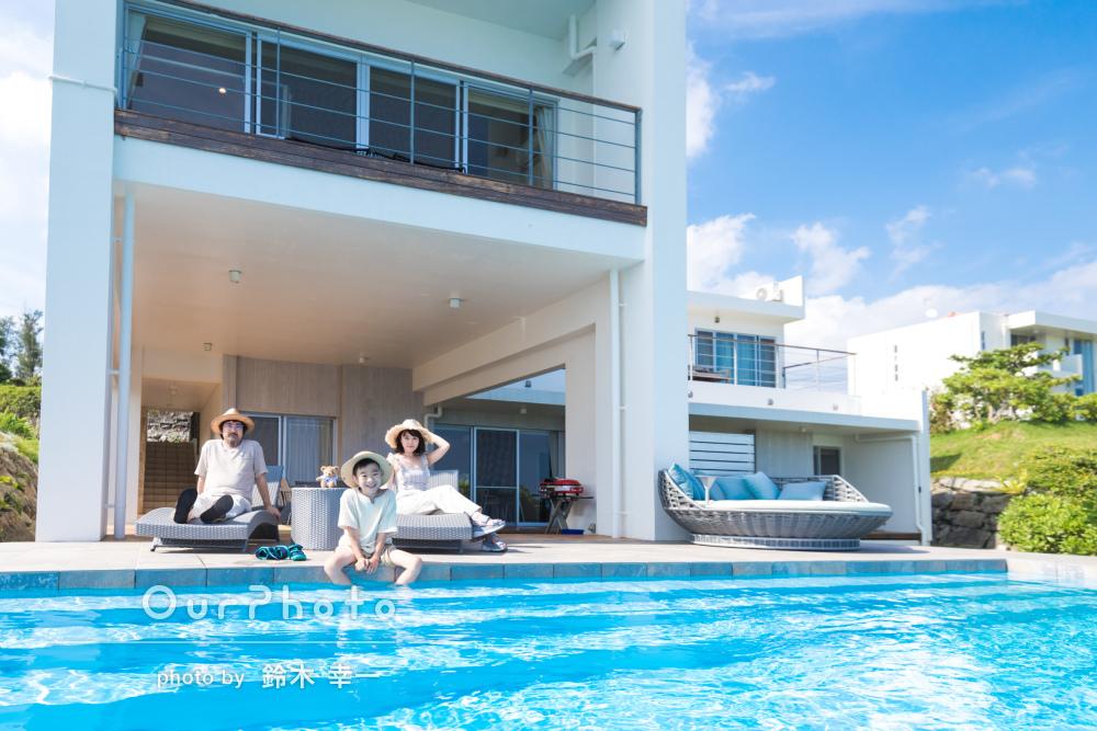沖縄で白コーデと麦わら帽子のリンクコーデ!家族写真の撮影