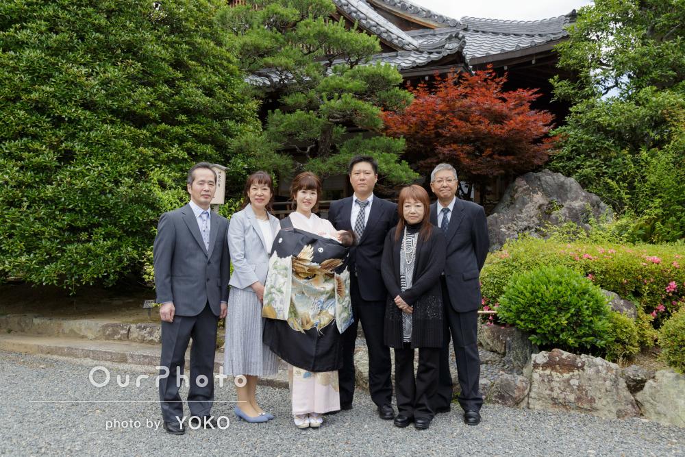 黒い着物がかっこいい!お宮参りでの家族写真の撮影