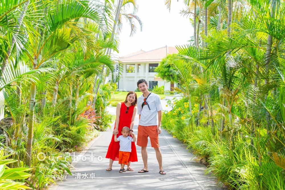 「子供にも優しく接してくださり嬉しかった」沖縄ビーチで家族写真の撮影