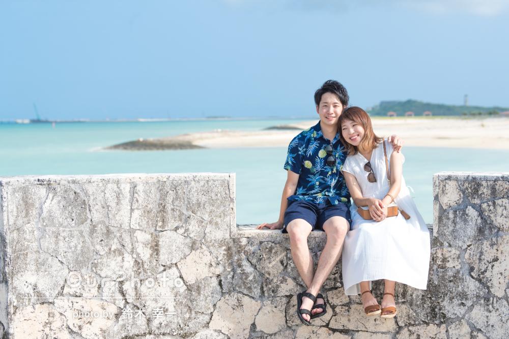 新たな命と共に!沖縄の海と空に包まれたカップルフォトの撮影
