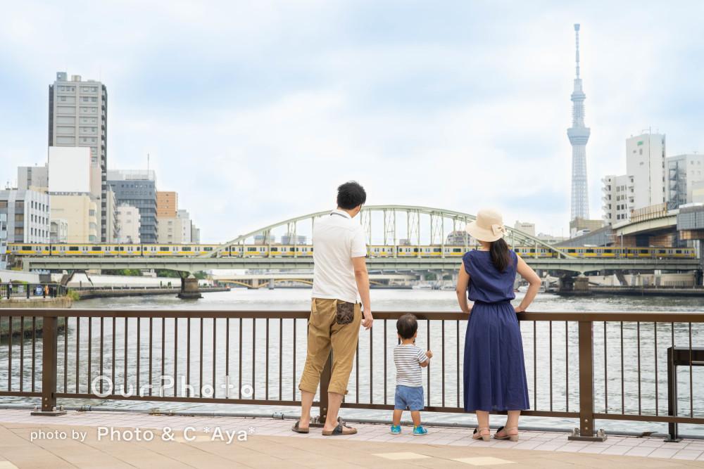 あたたかみのあるナチュラルな幸せを感じる家族写真の撮影